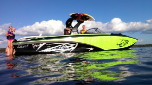 Lake Surfing in Minnesota a Blast with Hang Loose Surf Company