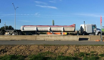 Lewisville Truck Crash Report: 18-Wheeler Jackknifes, Shuts Down Traffic on I-35