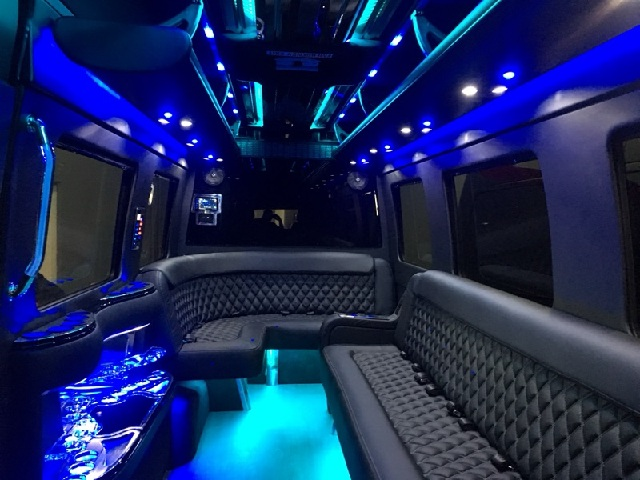 Top Notch Transportation Offering High Quality Limousine Service For Prom 2017