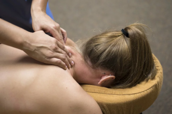 Richardson TX Massage  Therapist  Migraine Pain Tip with Massage Therapy